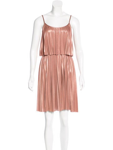 Halston Heritage Crepe Sleeveless Dress None