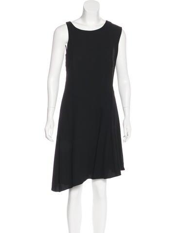 Halston Heritage Sleeveless Knee-Length Dress None