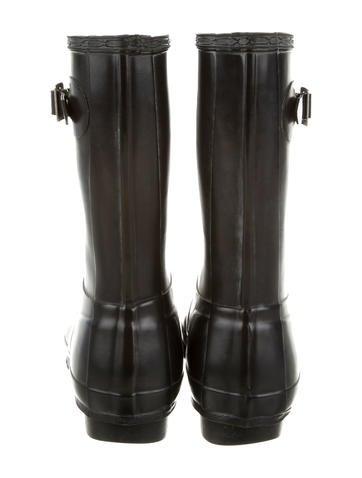 Mid-Calf Rain Boots