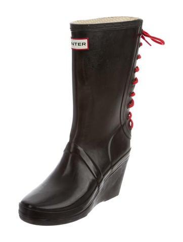 Log Wedge Rain Boots
