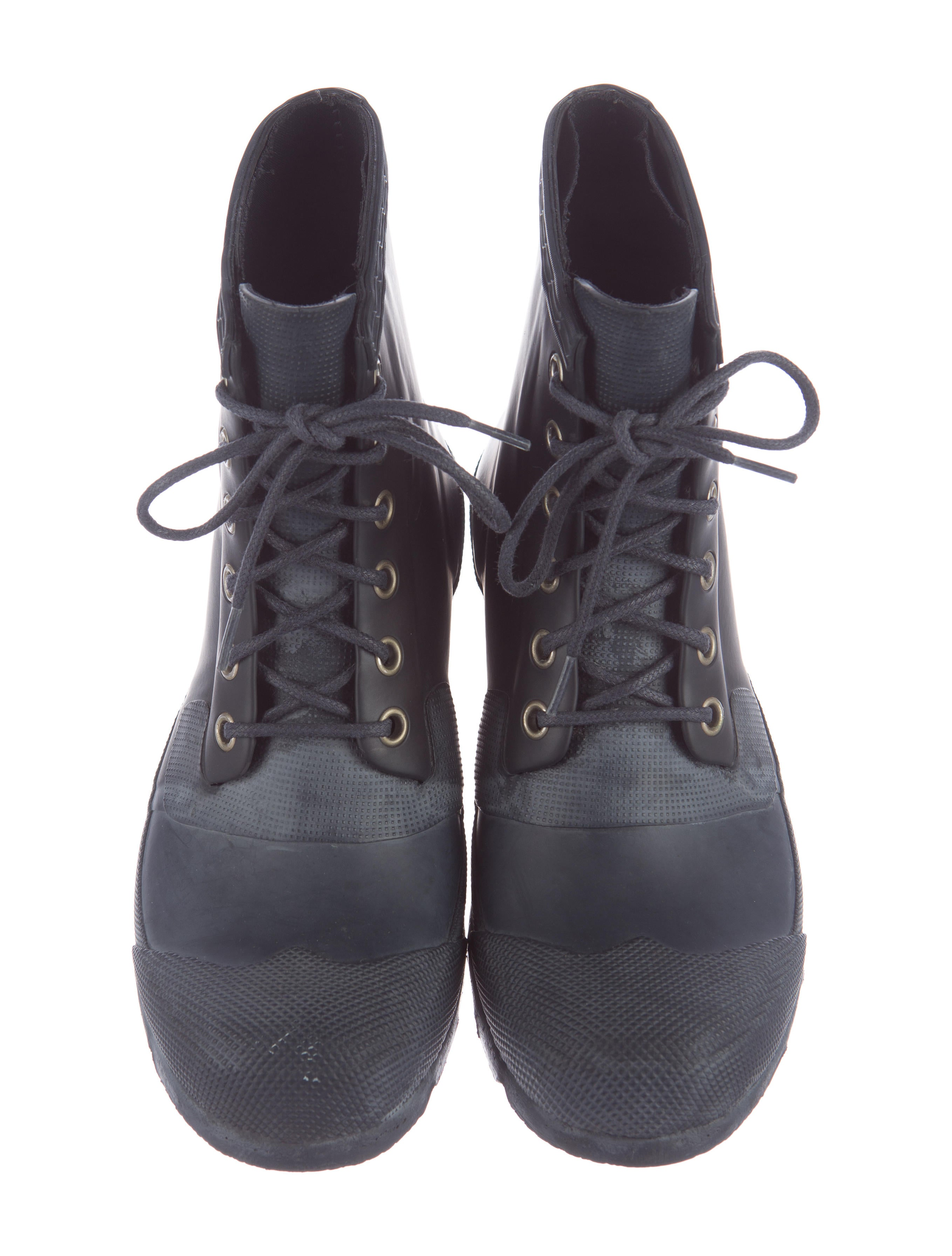 rubber boots shoes wh821582 the realreal