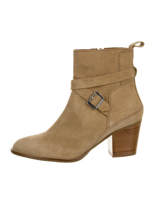 Hunter Suede Boots
