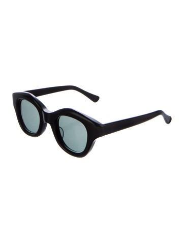 Hook Sunglasses
