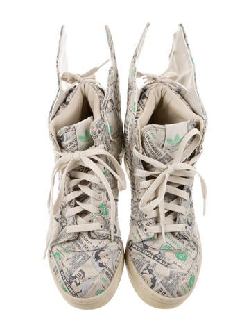Money Print Wing Sneakers