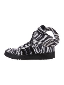 huge discount 5cb10 90546 Jeremy Scott x Adidas
