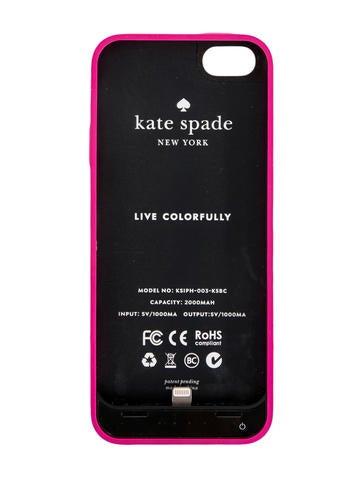iPhone 5 Charging Case