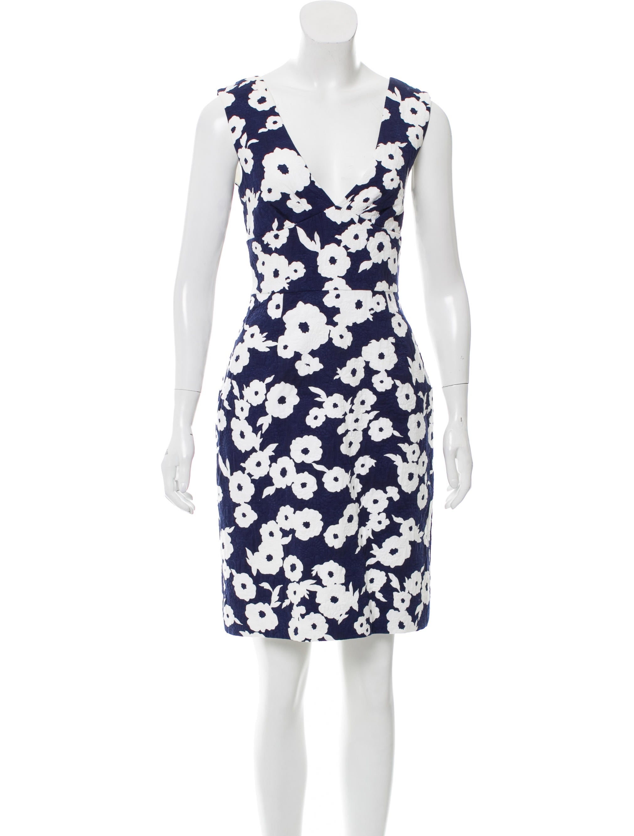 Kate Spade New York Patterned Knee Length Dress Clothing  : WKA599201enlarged from www.therealreal.com size 2022 x 2667 jpeg 236kB