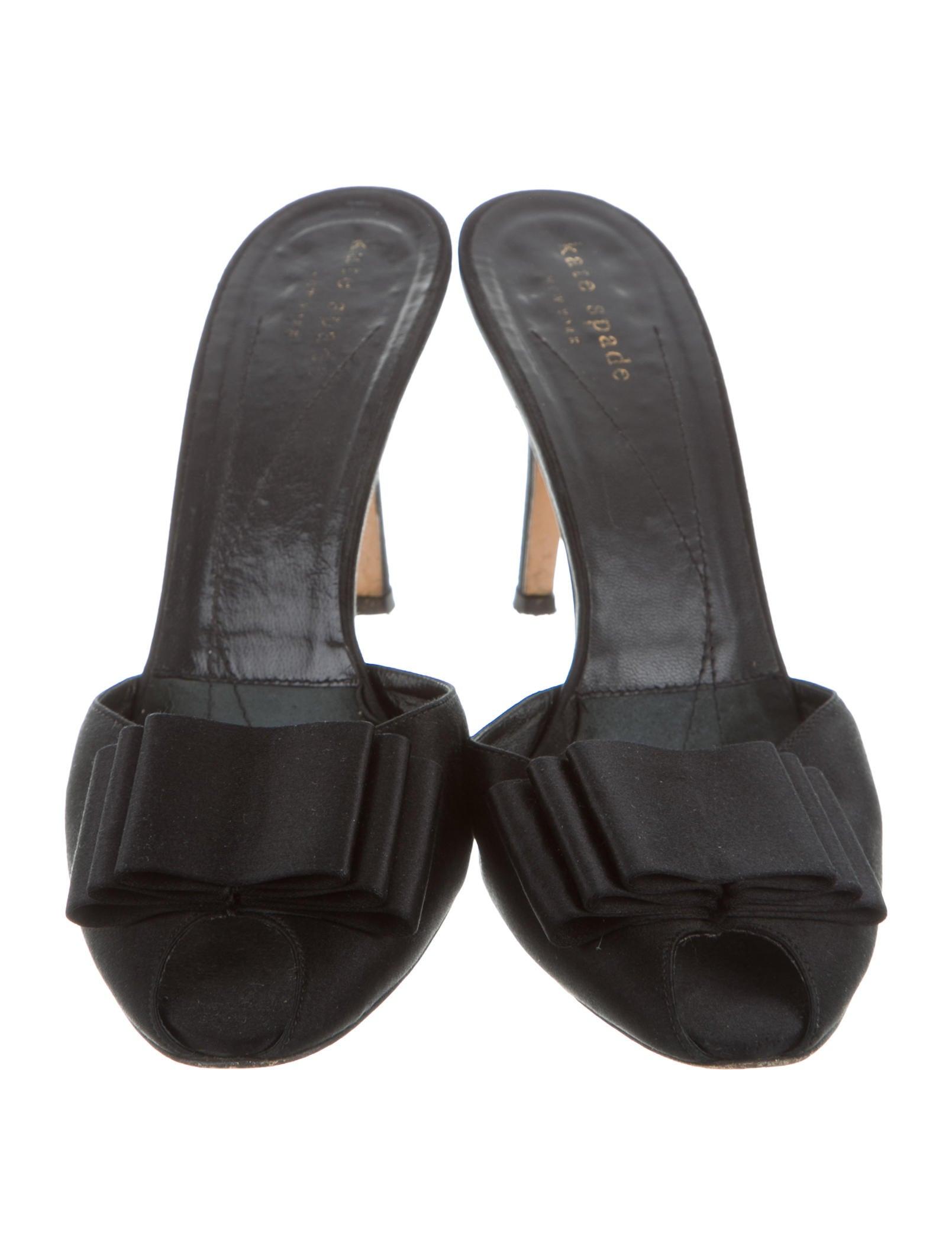 Satin Peep Toe Shoes Black