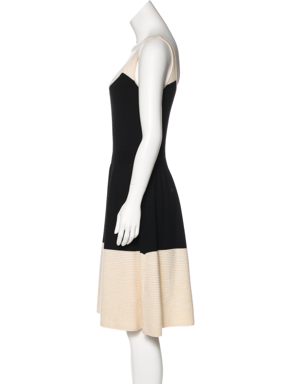 Kate Spade New York Sleeveless Wool Dress w Tags  : WKA637362enlarged from www.therealreal.com size 2095 x 2764 jpeg 136kB