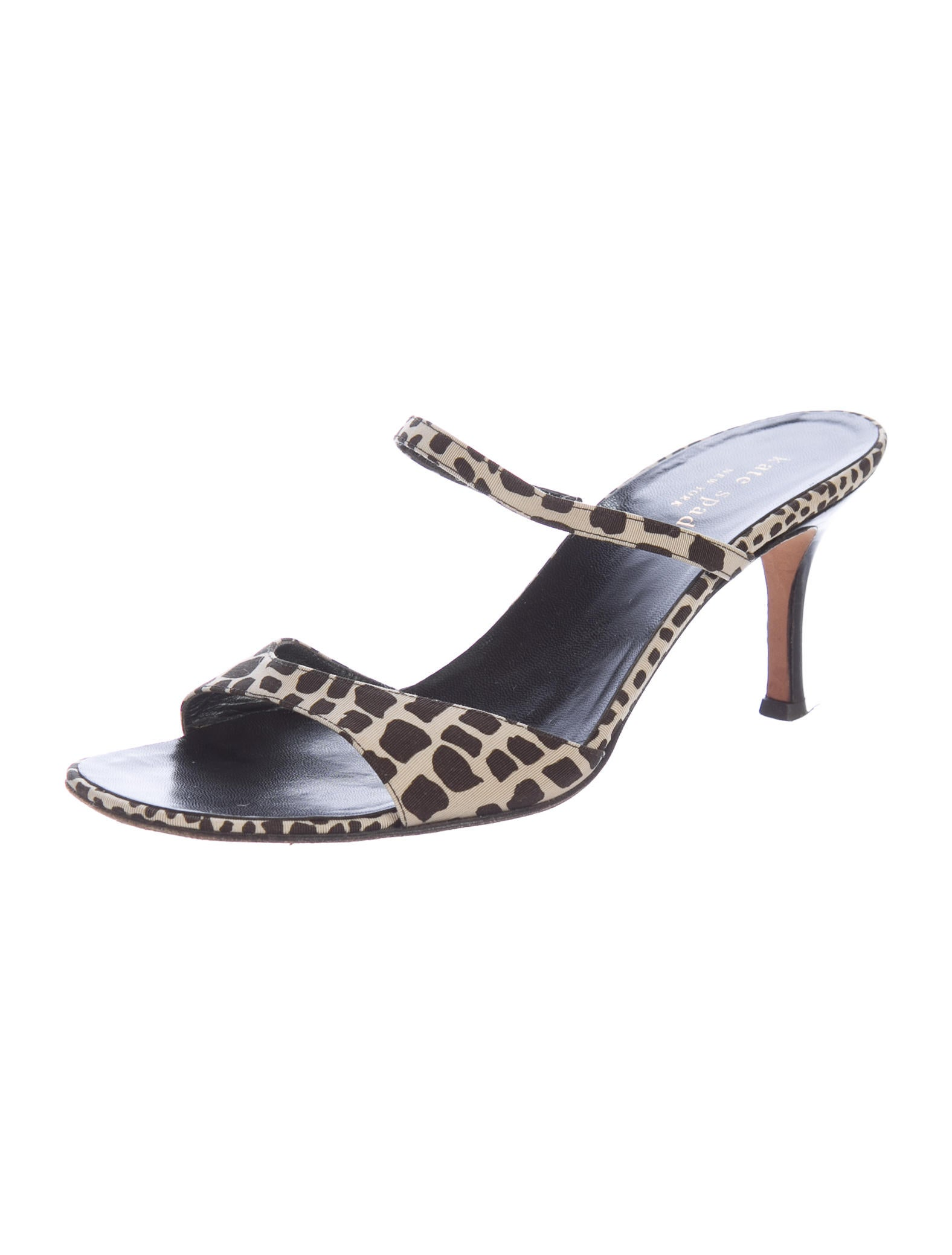 You searched for: giraffe shoes! Etsy is the home to thousands of handmade, vintage, and one-of-a-kind products and gifts related to your search. No matter what you're looking for or where you are in the world, our global marketplace of sellers can help you find unique and affordable options. Let's get started!
