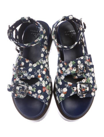 Embroidered Woven Sandals