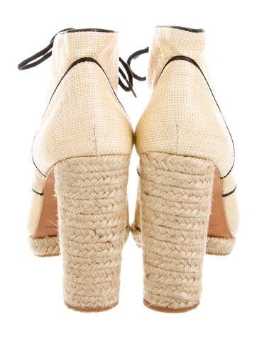 Raffia Pointed-Toe Booties