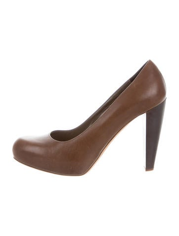 Loeffler Randall Leather Round-Toe Pumps None
