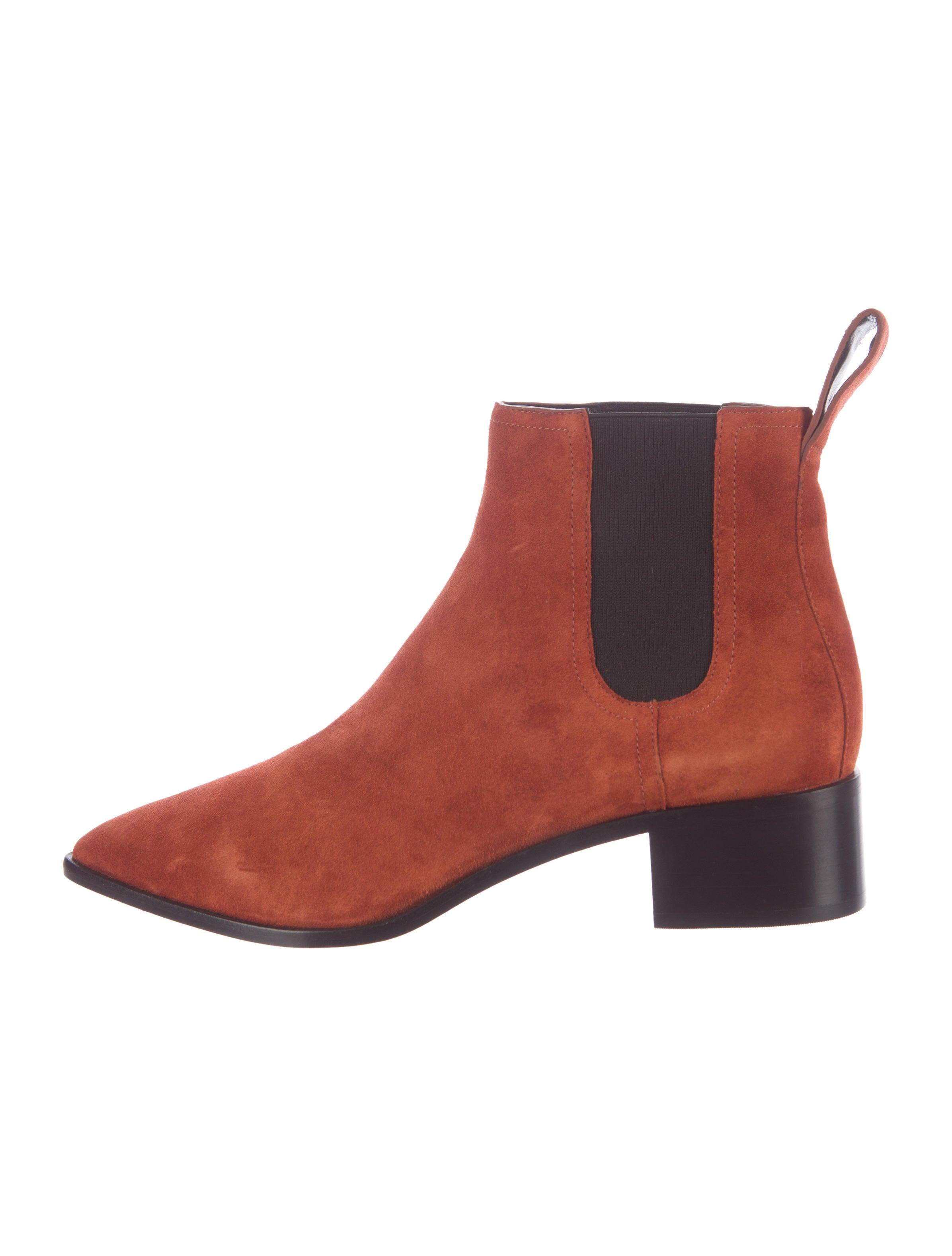 c455e18b1e3e1 Loeffler Randall Nellie Chelsea Boots - Shoes - WLF25463 | The RealReal
