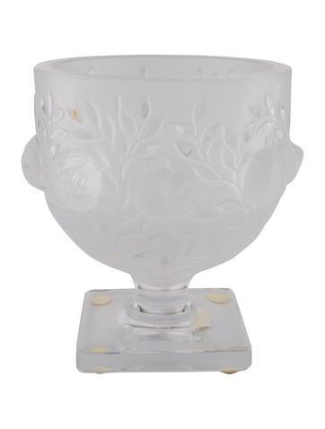 Lalique Elizabeth Vase Decor And Accessories Wlq23156 The Realreal