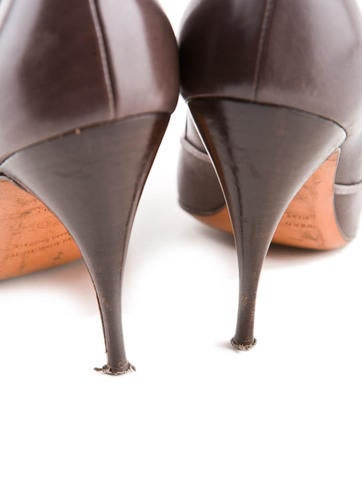 Leather Pumps