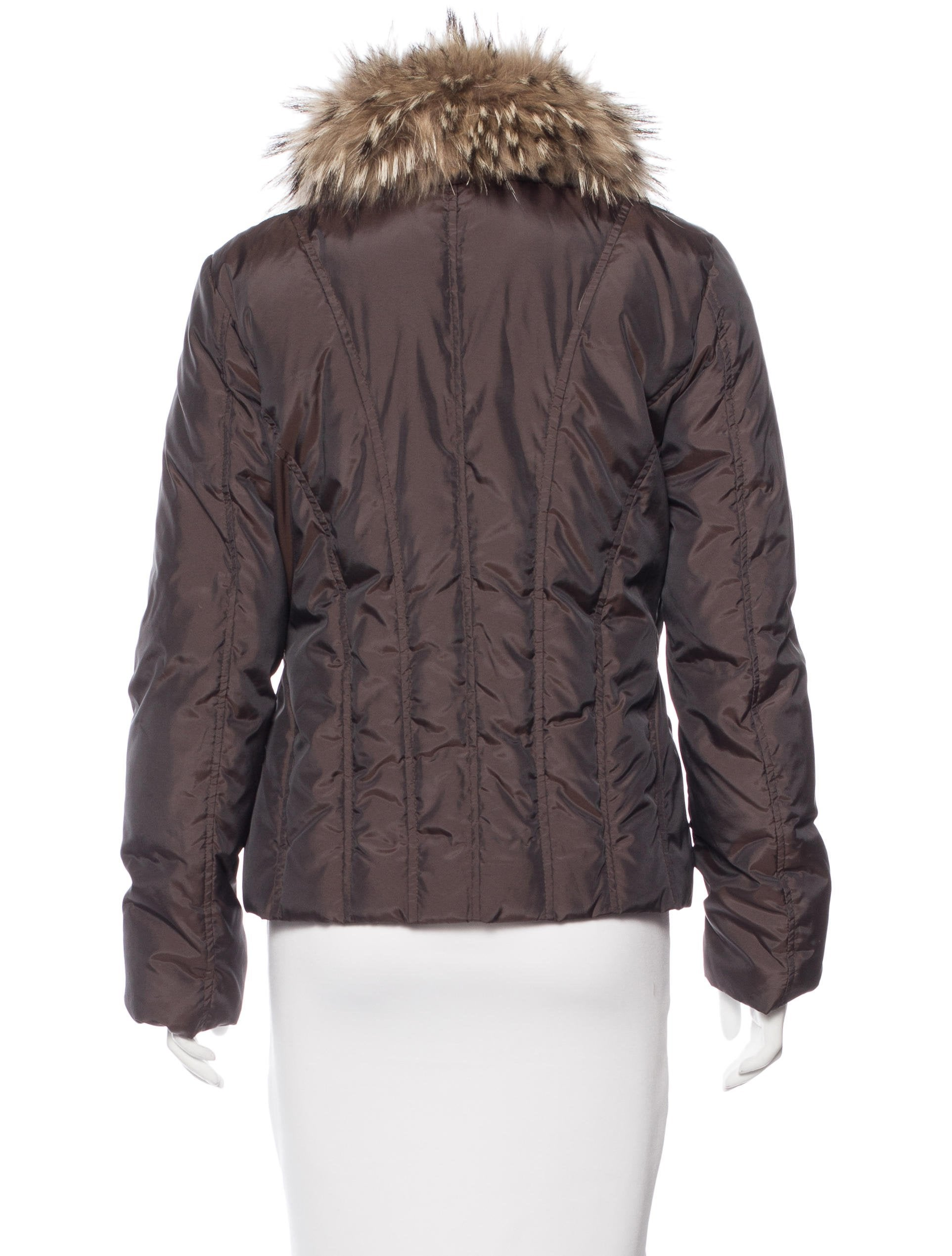 Shop men's coats from Burberry. The range includes both single-breasted and double-breasted designs alongside trench coats, parkas, and more. Faux Fur Trim Down-filled Hooded Parka. $1, Click the star icon to add this item to your Favourites. Click the star icon to remove this item from your Favourites. New in.