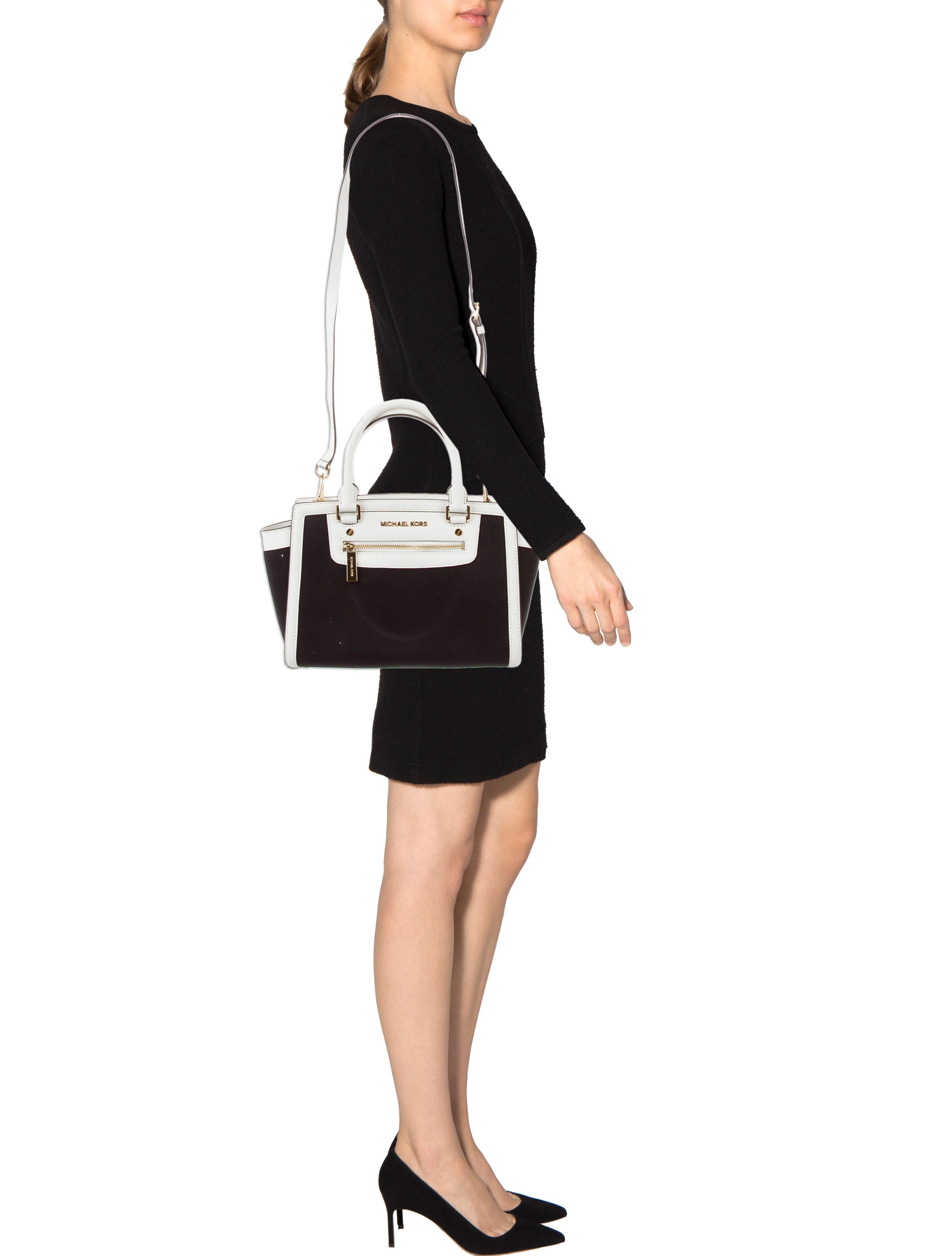 selma black single women Buy michael michael kors women's selma large tz satchel, black, one size and other top-handle bags at amazoncom our wide selection is eligible for free shipping and free returns.