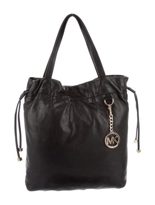 Michael Michael Kors Leather Bucket Bag Black