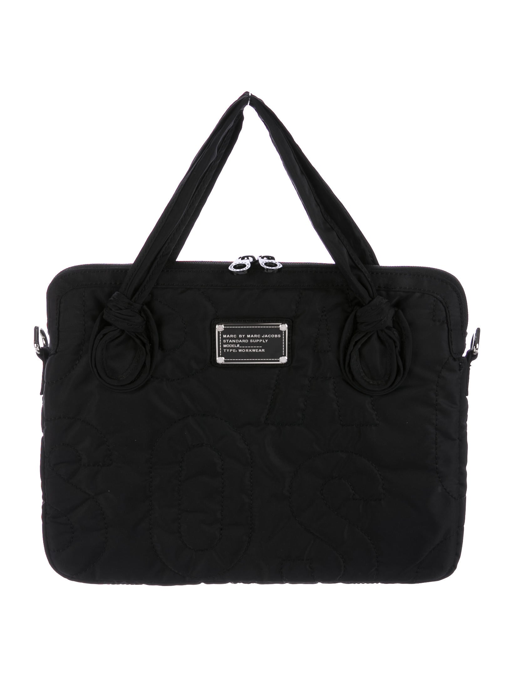marc by marc jacobs quilted laptop case accessories wma21374 the realreal. Black Bedroom Furniture Sets. Home Design Ideas