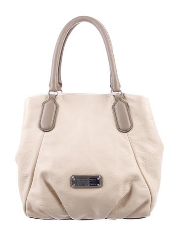 Marc by Marc Jacobs Grained None