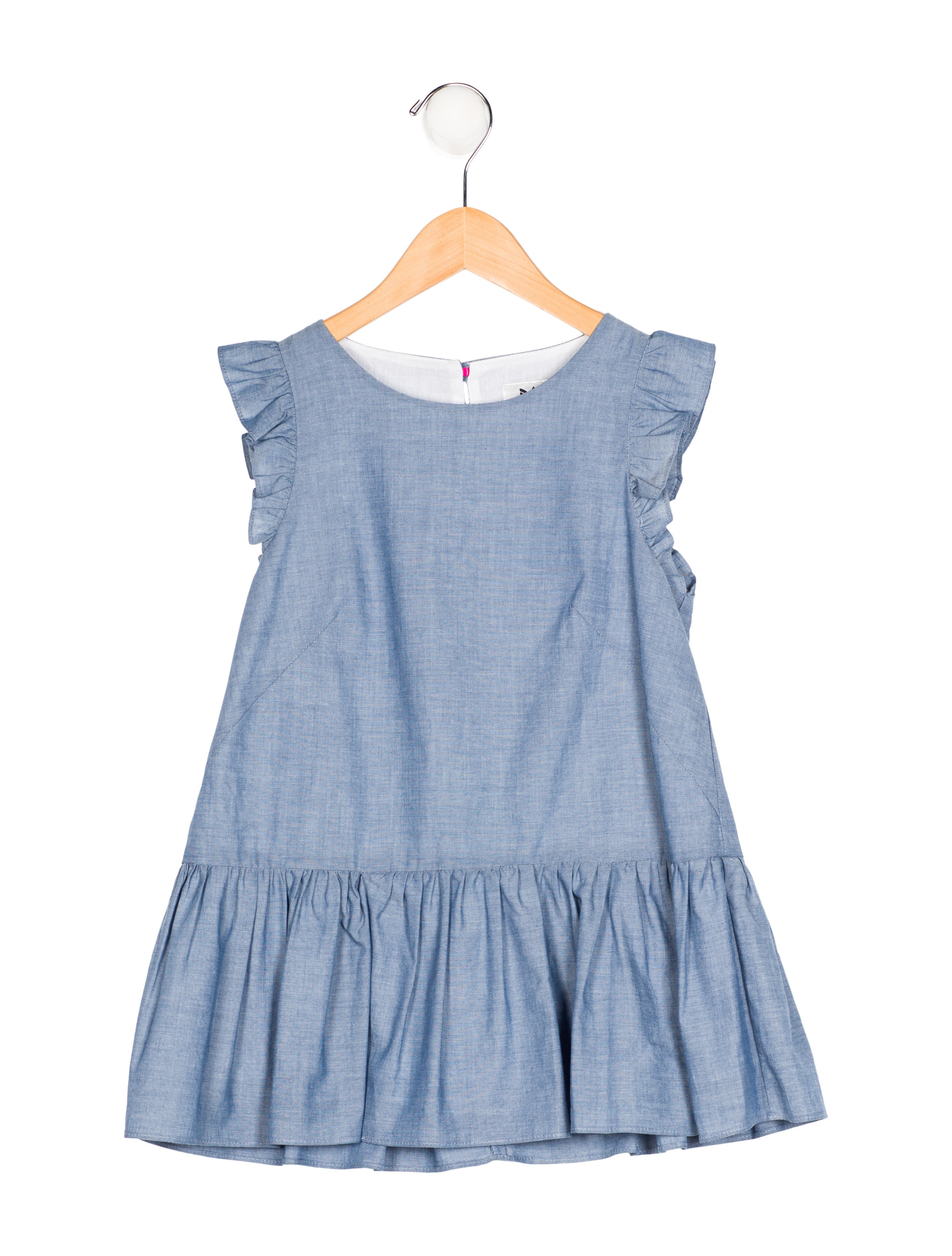 Shop Old Navy for its chic peplum tops that exude alluring flair and make a fashion-forward statement. Stylish Modern Tops that Make the Ultra-Feminine Statement. Our on-trend peplum tops are the defining feminine fit-and-flare silhouette of the season.