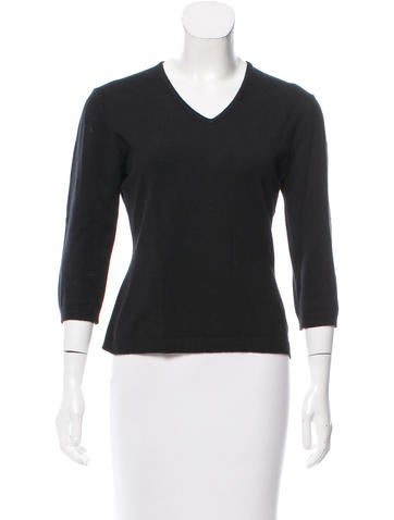 Max Studio Rib Knit V-Neck Sweater None