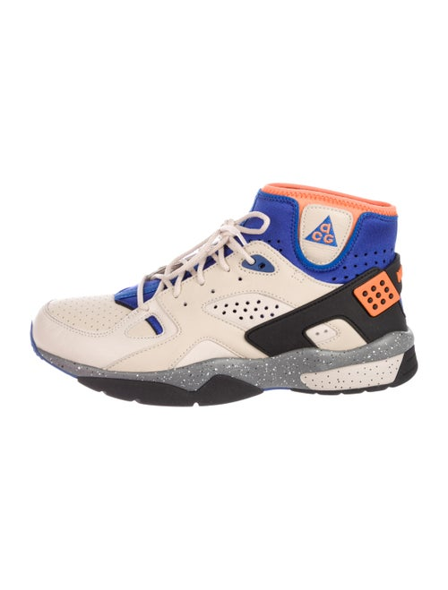 new concept 42f26 35eb2 Mowabb OG Sneakers w  Tags ...