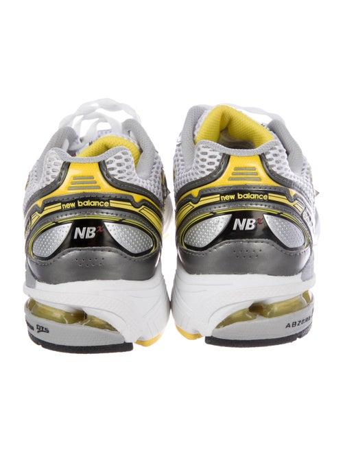 meilleur site web e1ba5 4d7b6 New Balance 1063 Running Sneakers - Shoes - WNBLN20230   The ...