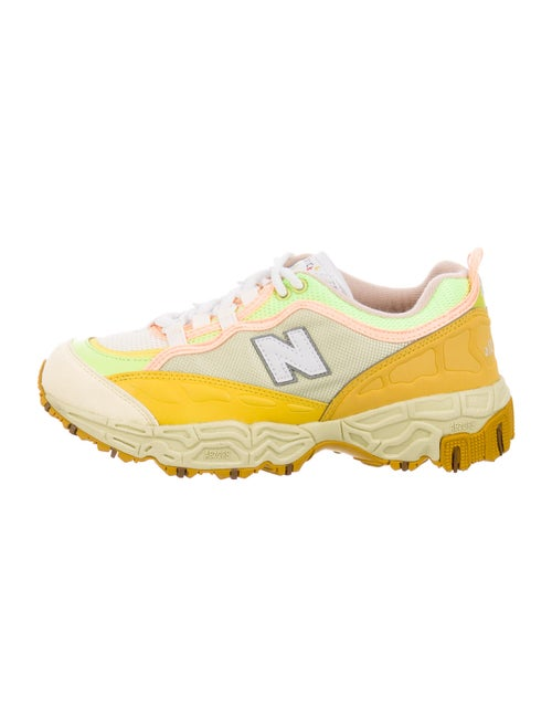 New Balance Colorblock Pattern Sneakers Green
