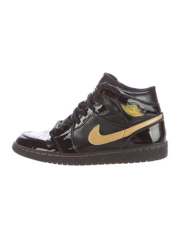 Nike Air Jordan 1 Retro High-Top Sneakers None