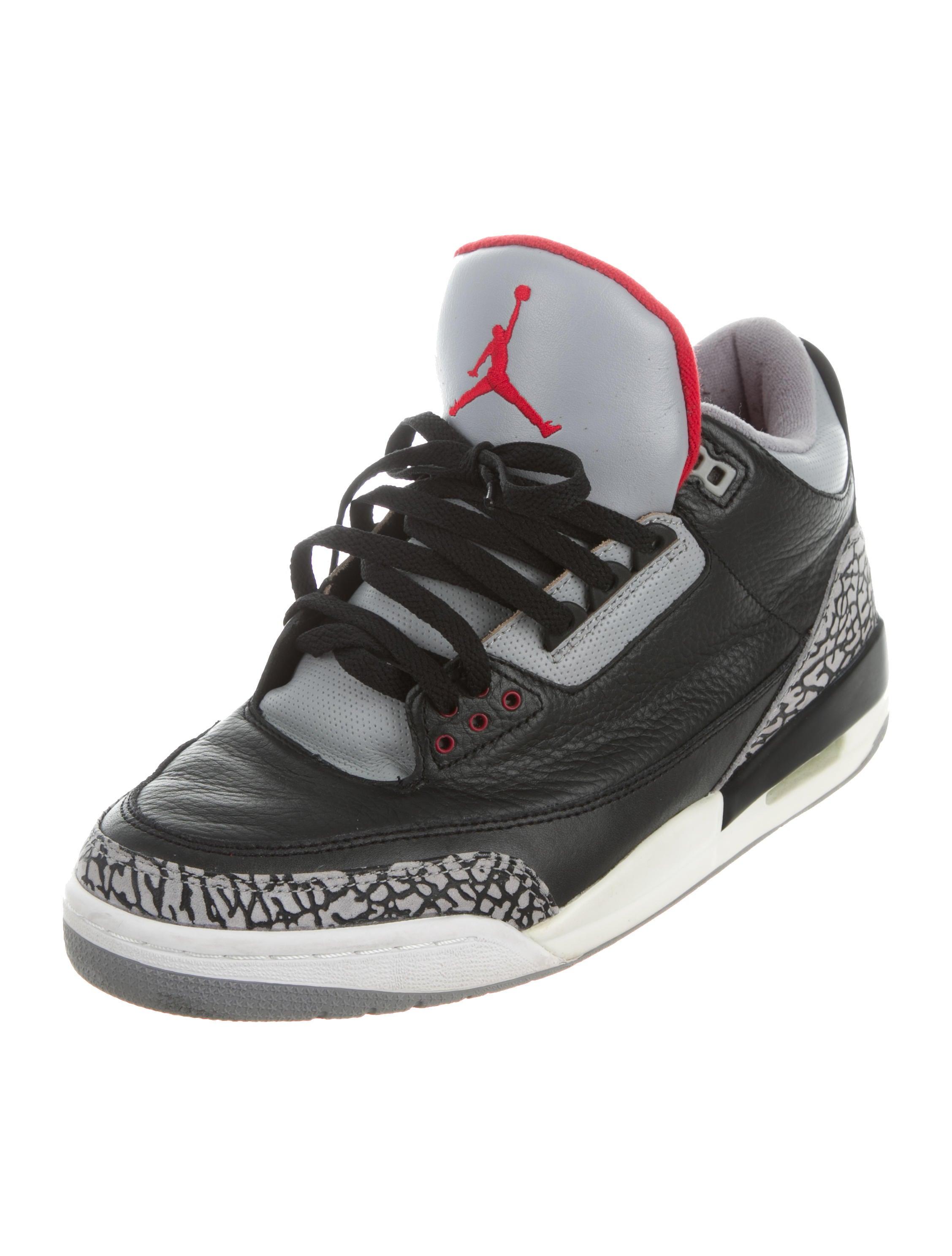 nike air jordan air jordan 3 retro sneakers shoes wniaj20035 the realreal. Black Bedroom Furniture Sets. Home Design Ideas