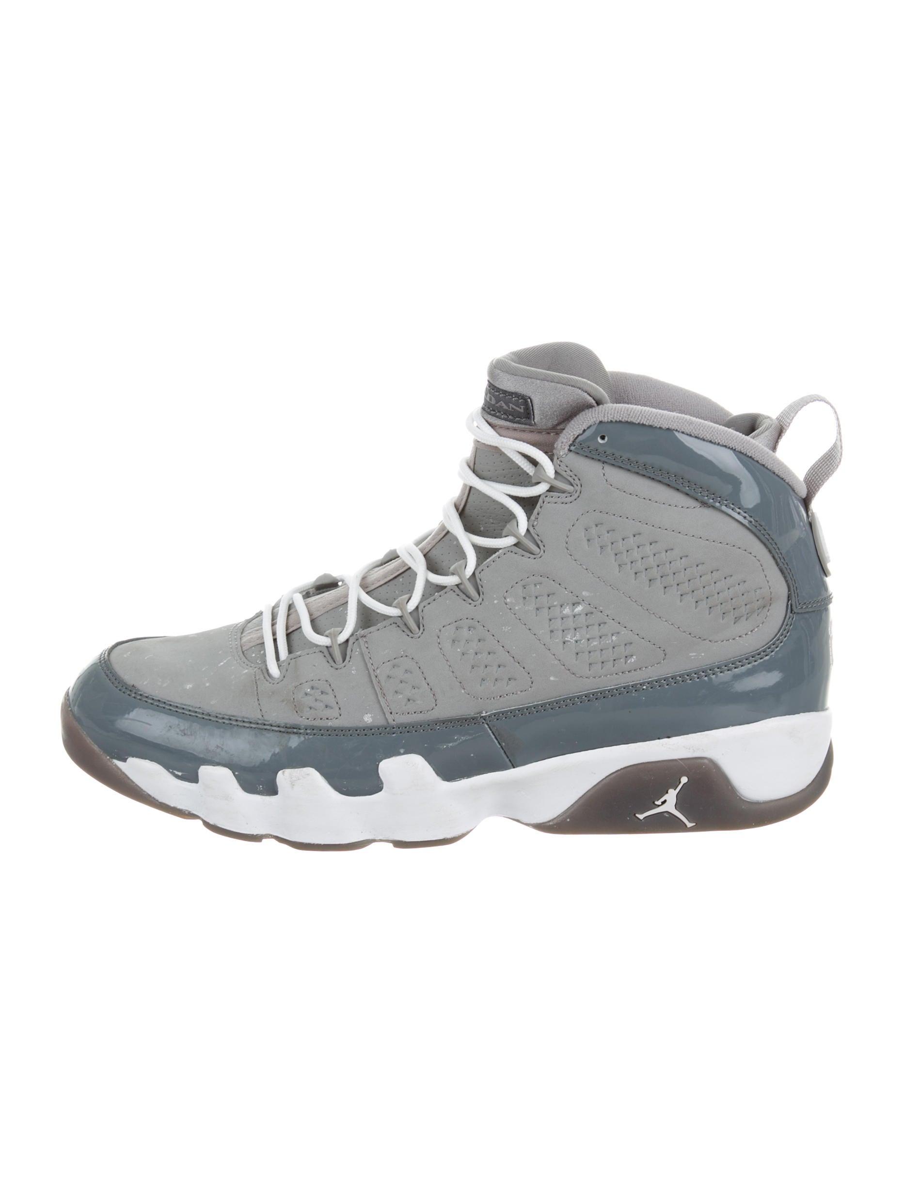 Nike Air High Top Shoes