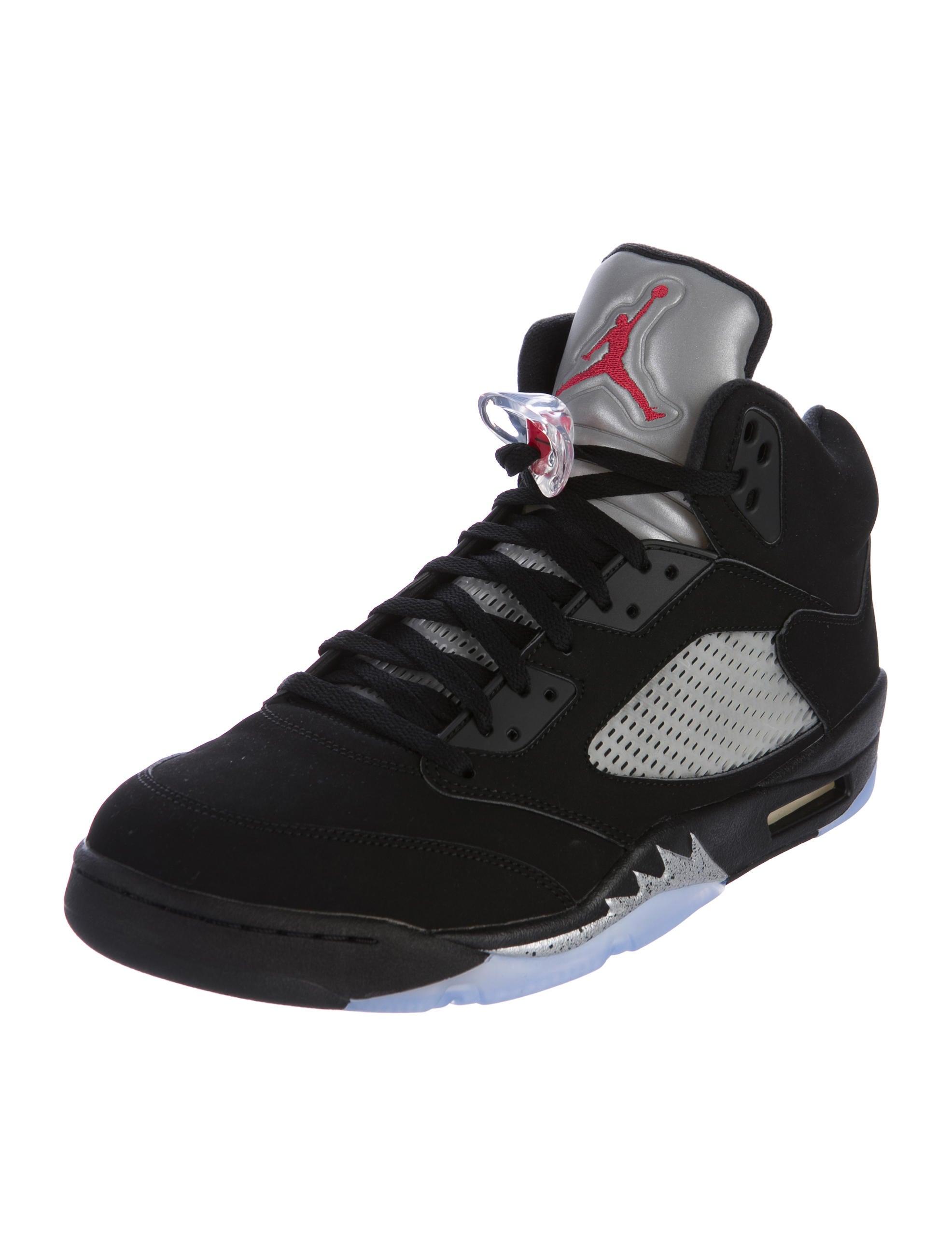 nike air jordan 5 retro metallic sneakers shoes wniaj20415 the realreal. Black Bedroom Furniture Sets. Home Design Ideas