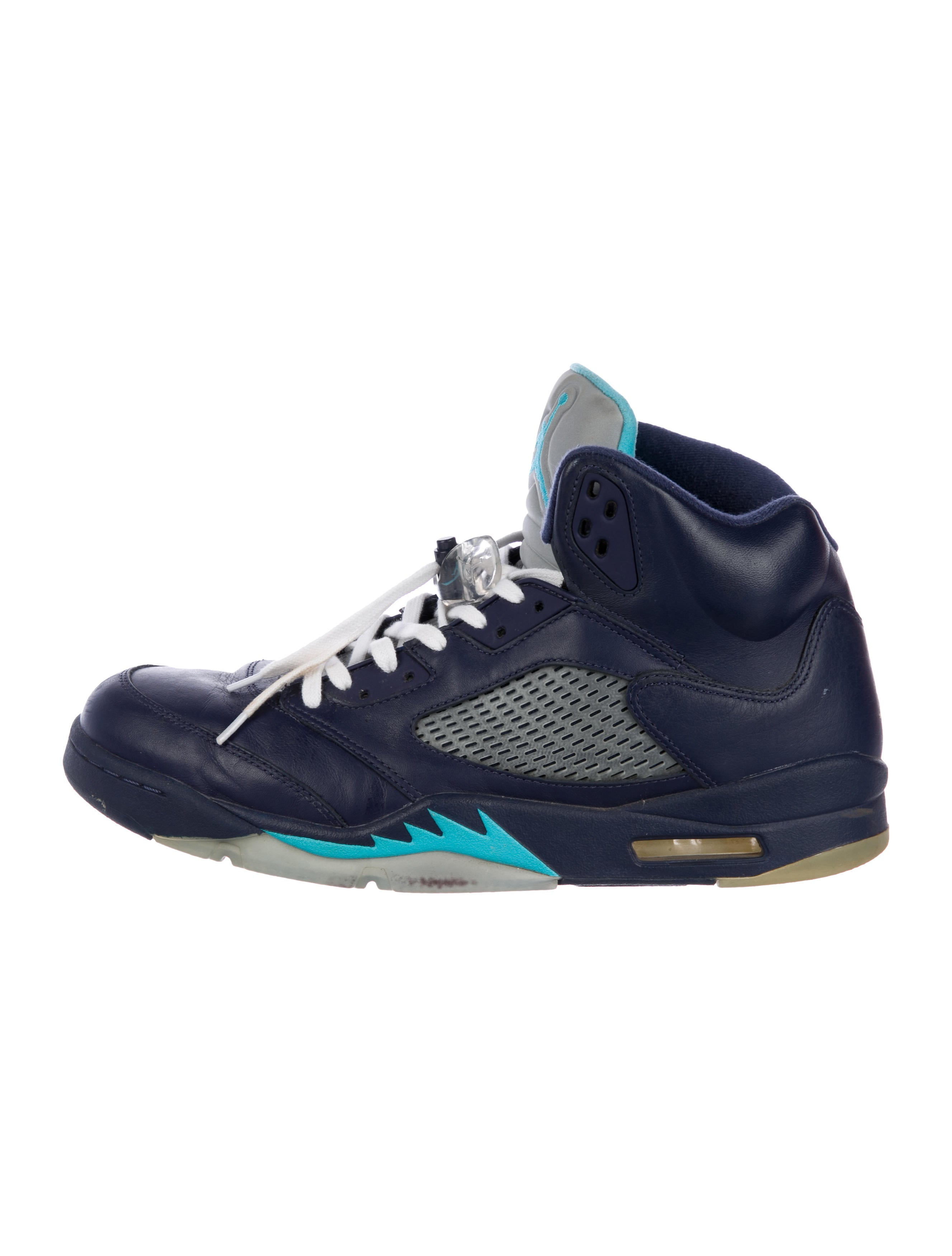 check out d8b52 002c2 5 Retro Hornets Sneakers