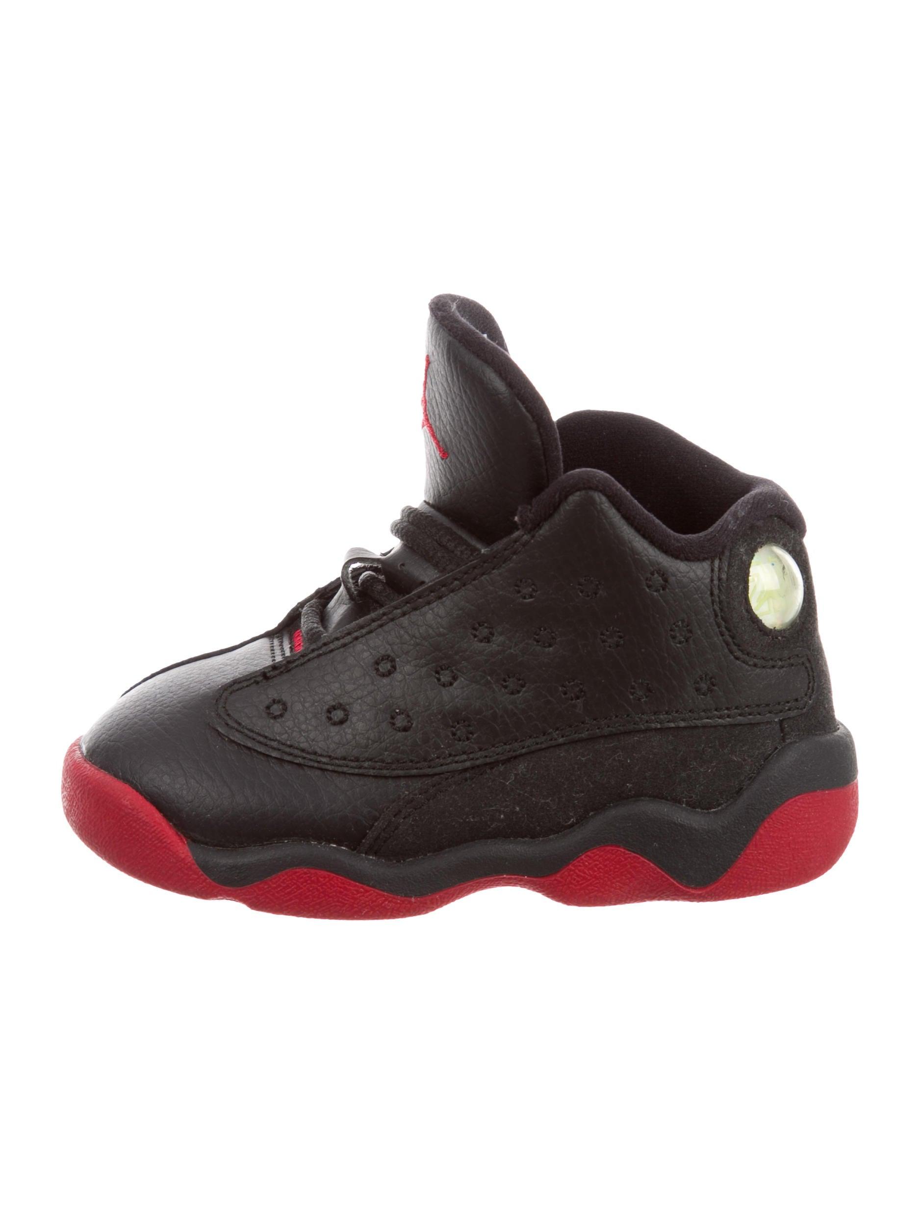 new arrival 5abb0 ff74e Nike Air Jordan Boys' 13 Retro Dirty Bred Sneakers