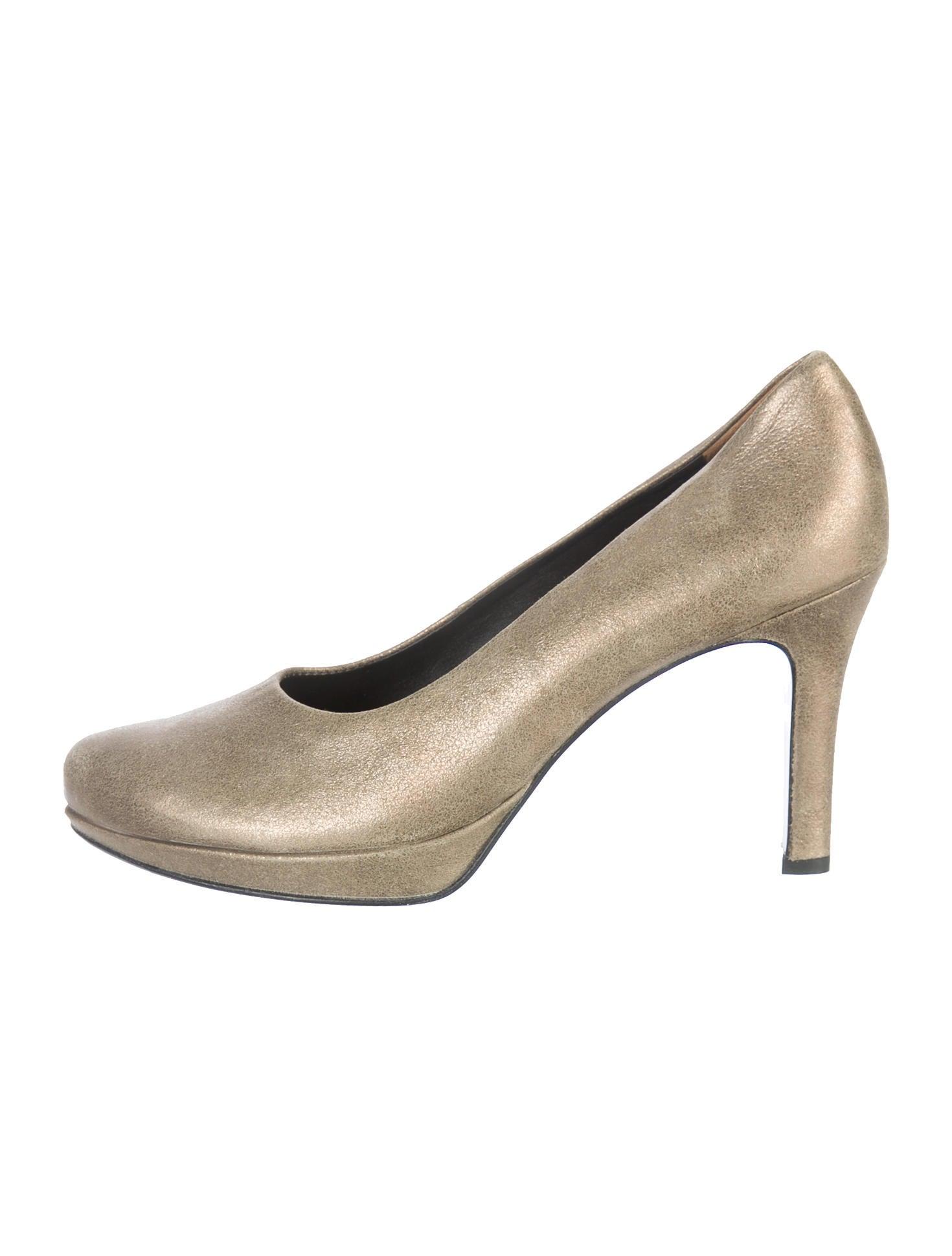 paul green metallic pumps shoes wpaul20010 the realreal. Black Bedroom Furniture Sets. Home Design Ideas