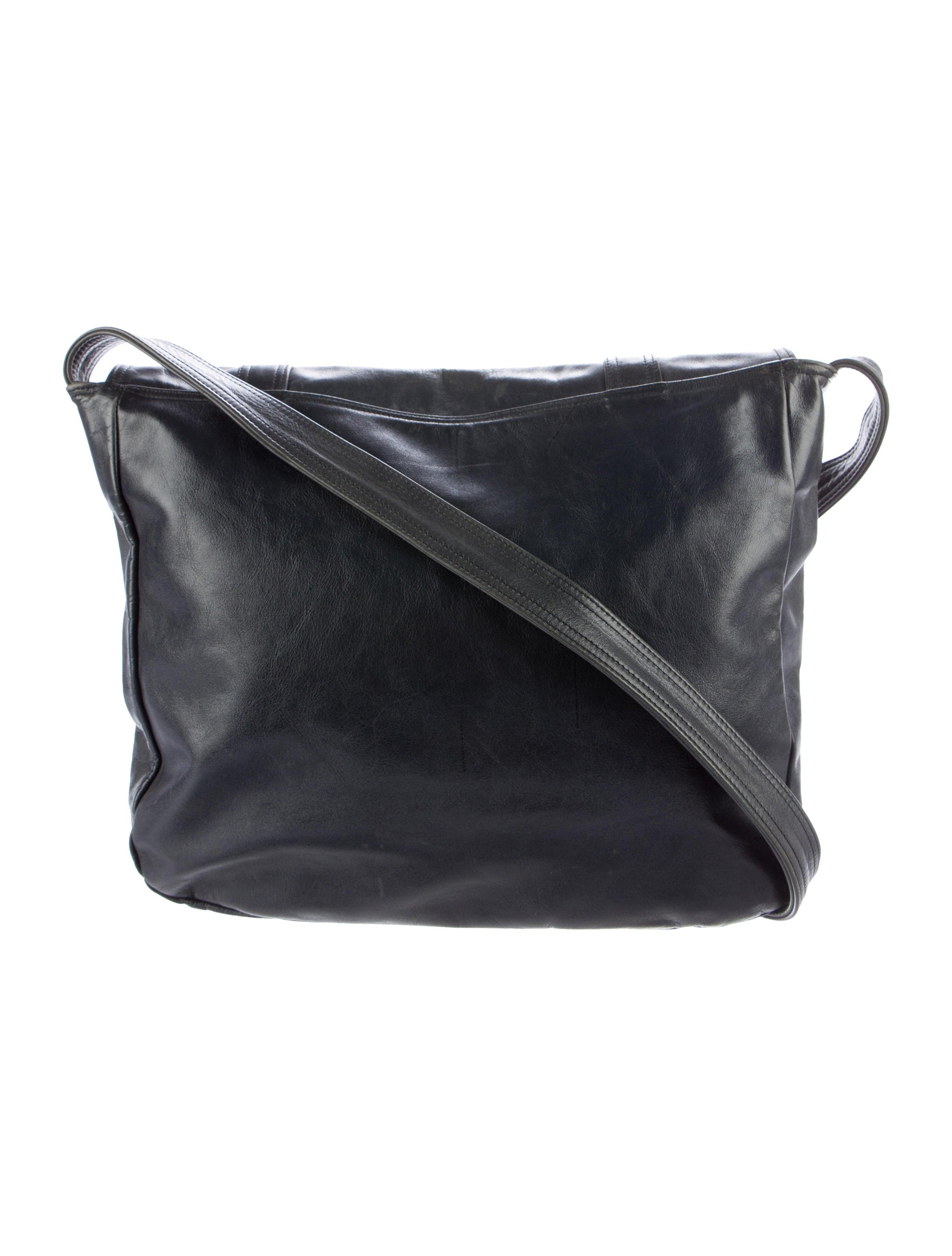 les prairies de paris distressed leather messenger bag