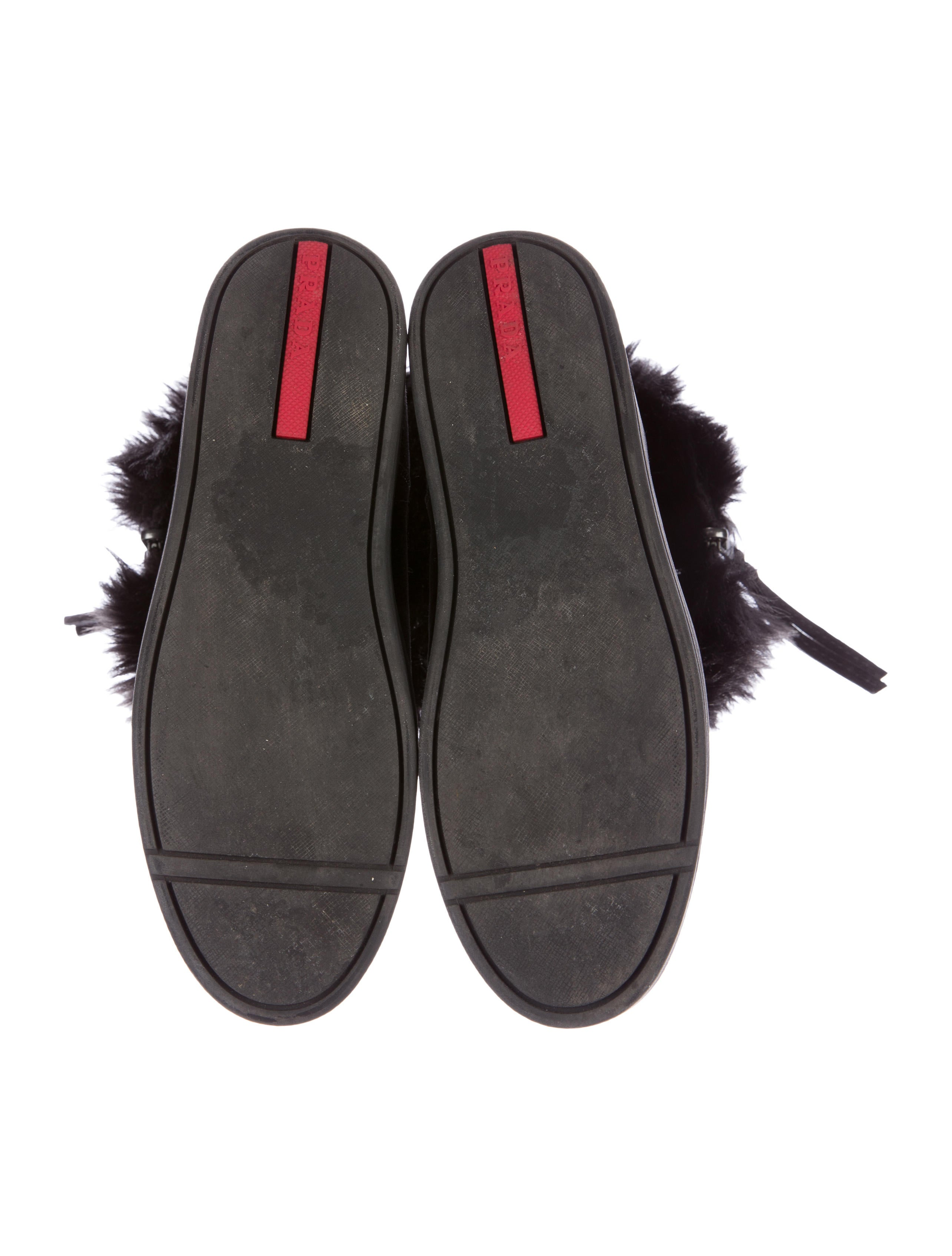 prada sport faux fur lined suede boot shoes wpr35238
