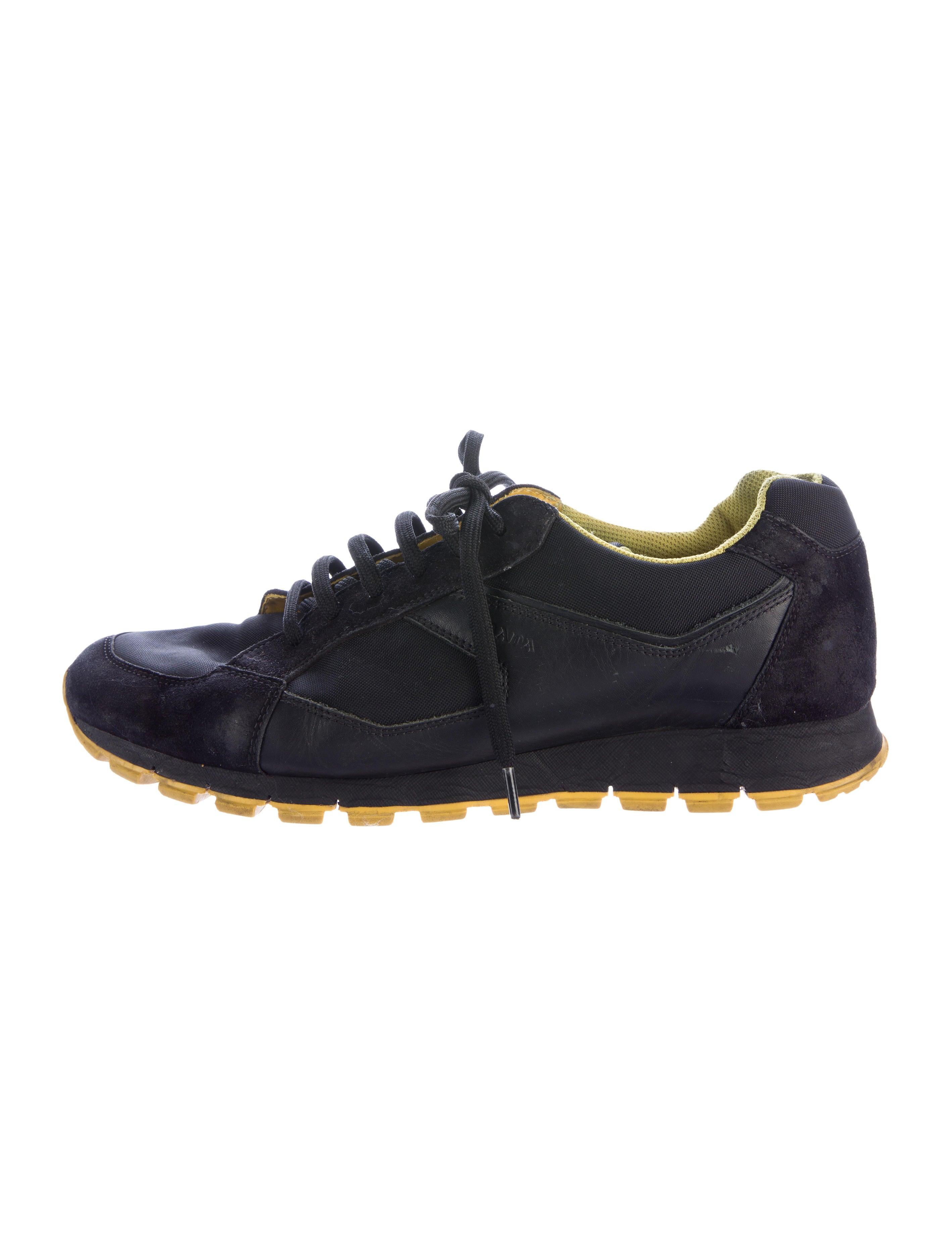 prada sport leather low top sneakers shoes wpr40539