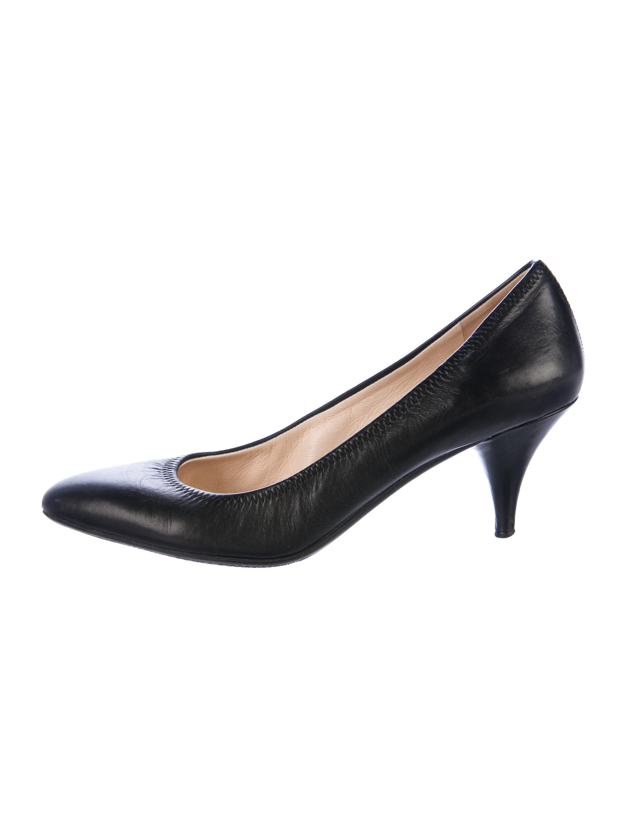 Prada Sport Leather Pointed-Toe Pumps great deals cheap online pre order online clearance get to buy PARFlgF