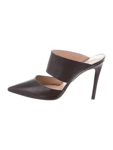Embossed Pointed-Toe Mules