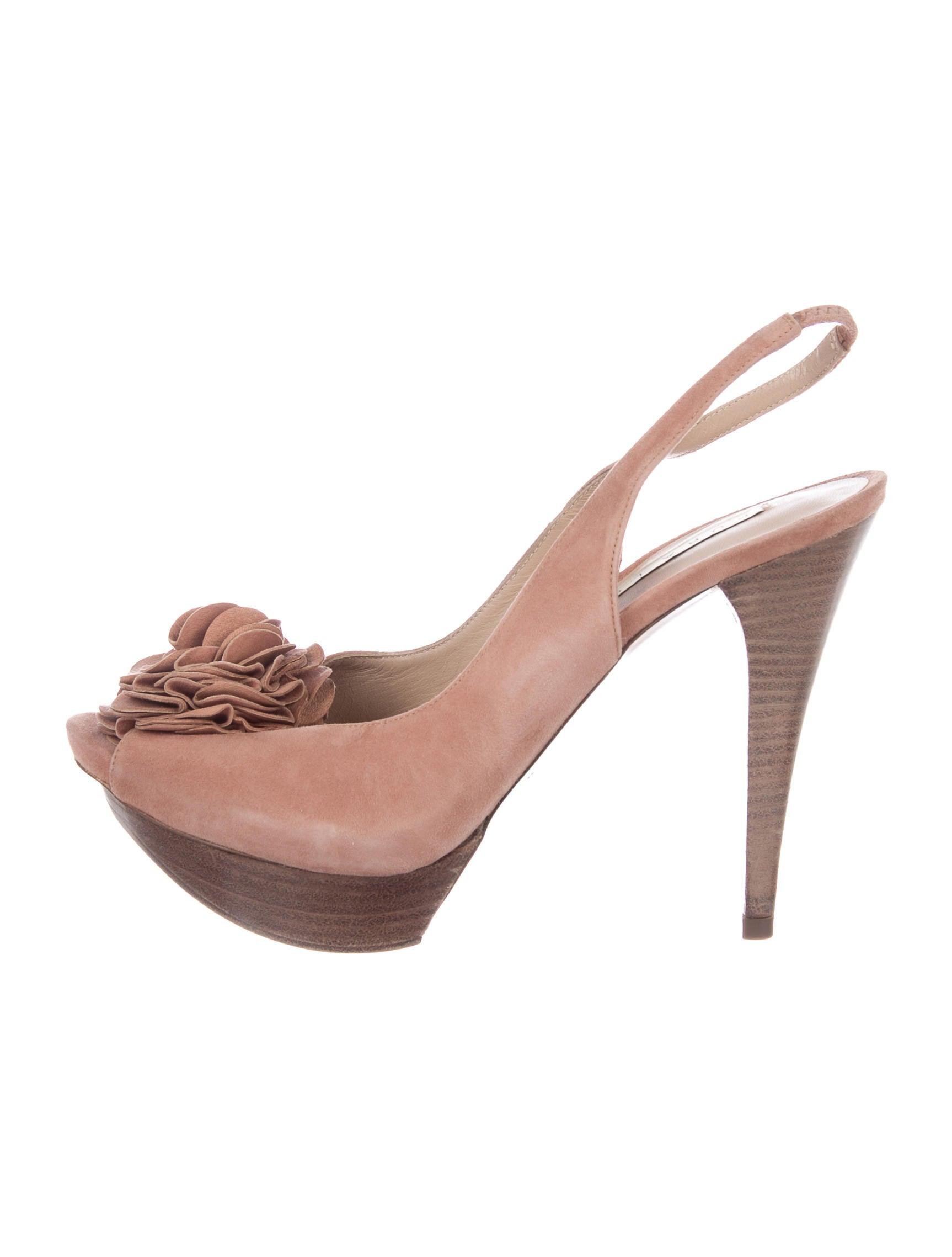 discount sneakernews cheap sale choice Pura Lopez Floral Platform Pumps buy cheap sast 78xKRVsF