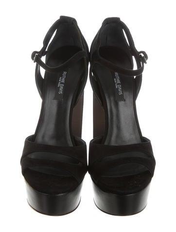 Vanessa Platform Sandals