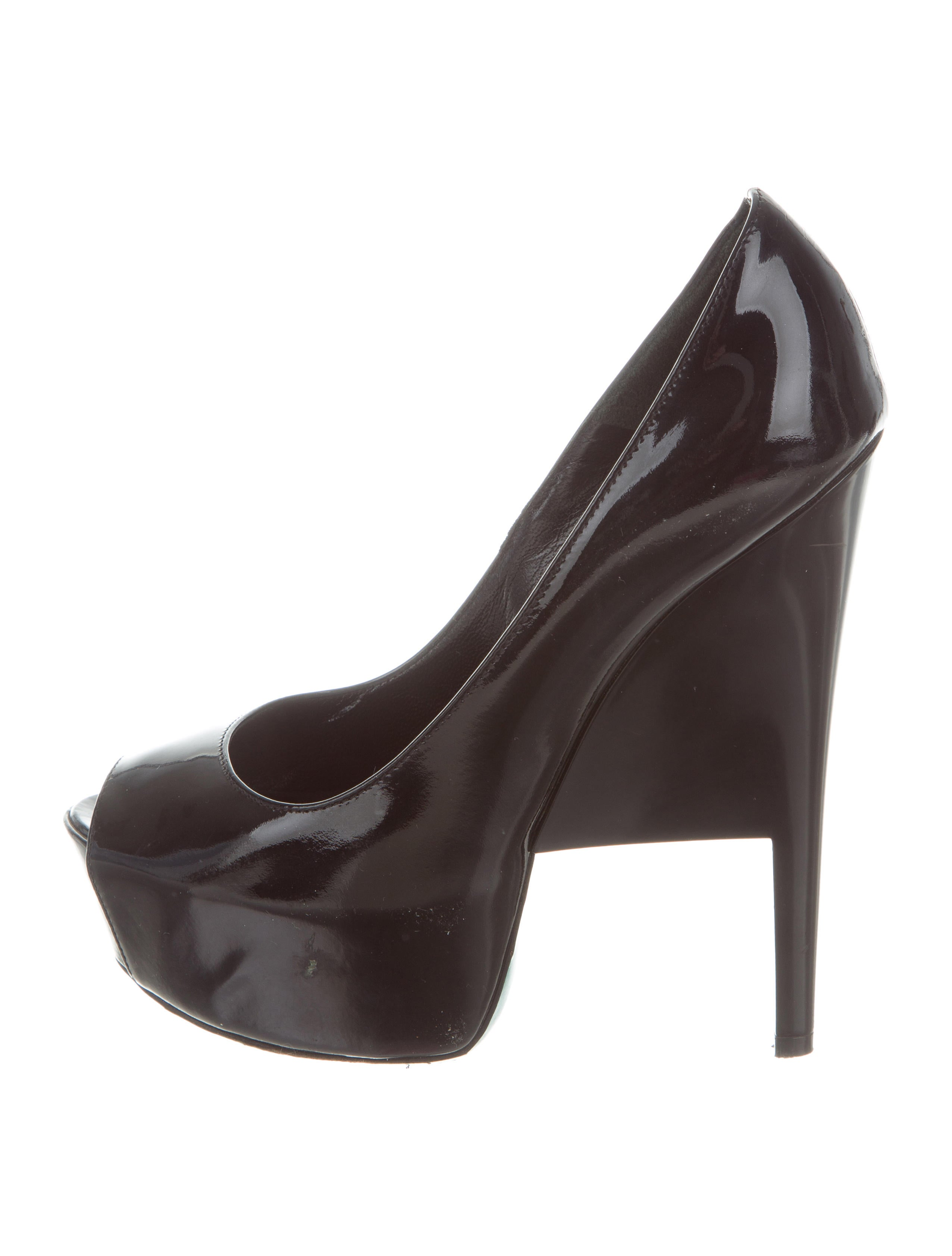 free shipping for nice outlet store cheap price Ruthie Davis Mena Platform Pumps really for sale VqKqnuVbCh