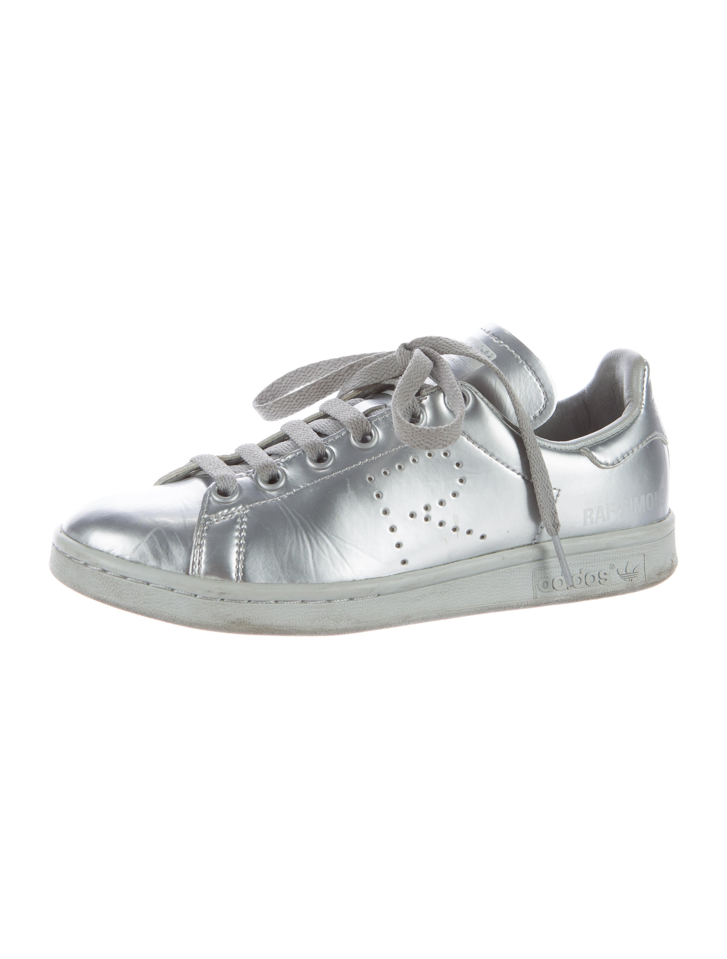 on sale 45f07 081be Raf Simons x Adidas 2016 Stan Smith Sneakers - Shoes .