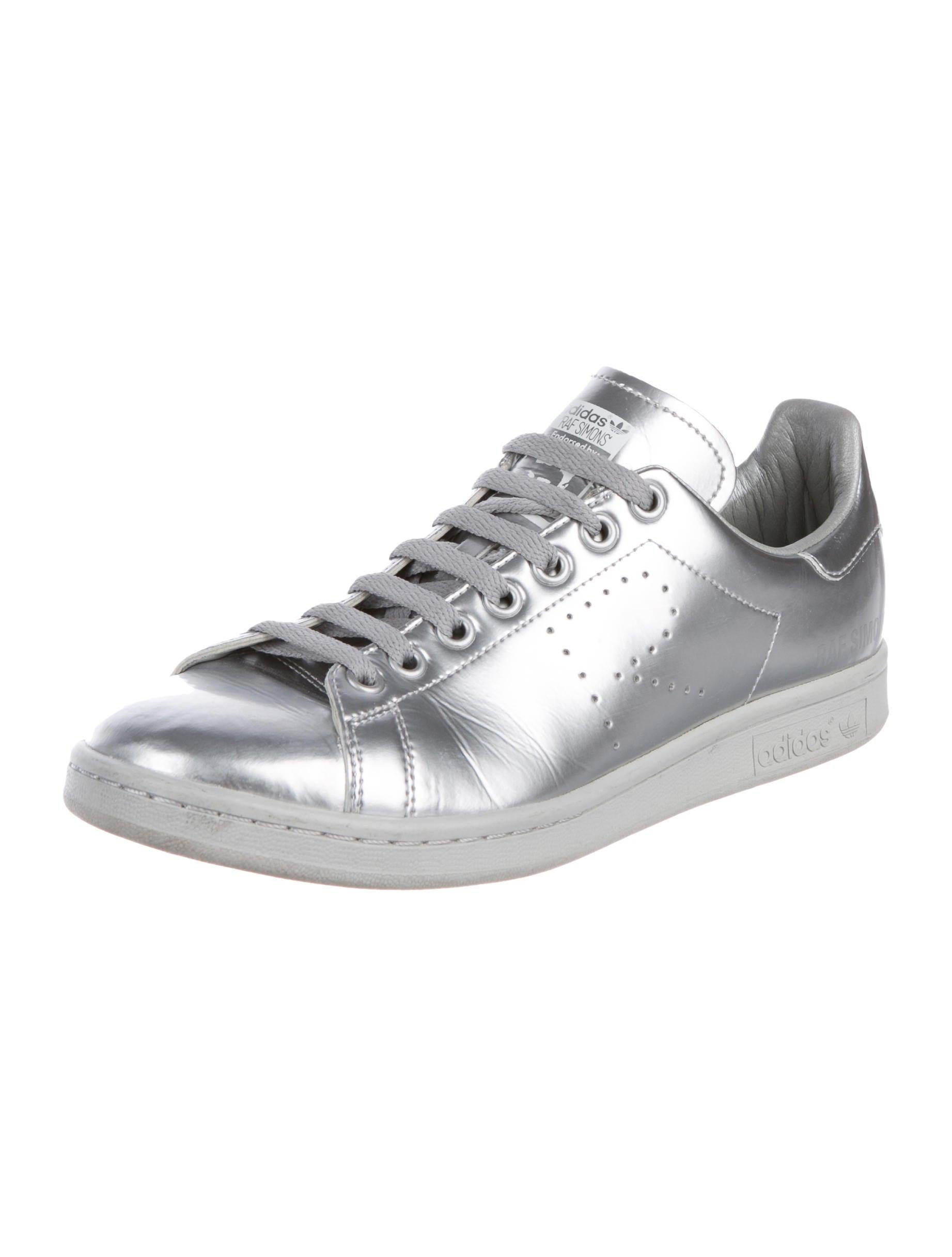 adidas stan smith silver metallic