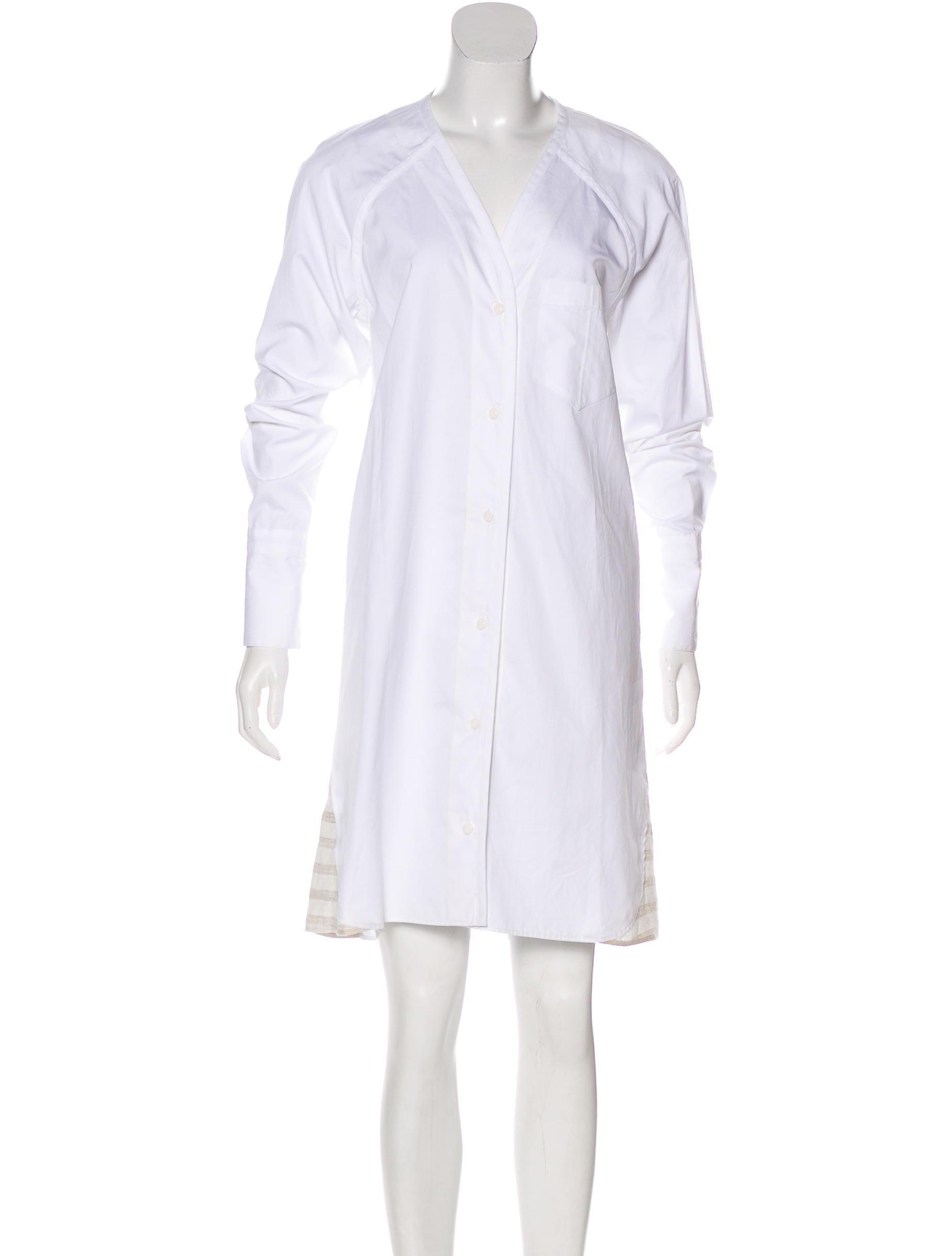 34811b32 Clothing | The RealReal