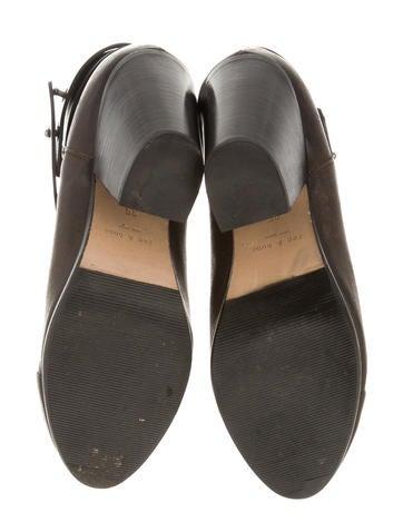 Harrow Ankle Boots