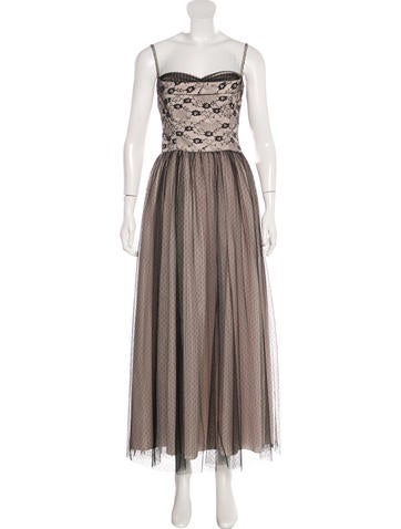 Red Valentino Sleeveless Lace Gown None